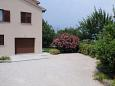 Parking lot Presika (Labin) - Accommodation 7390 - Apartments with pebble beach.