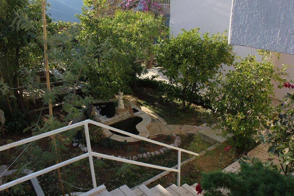 Apartmány s parkoviskom v meste Rabac - 7410