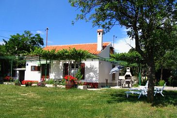 Salakovci, Labin, Property 7437 - Vacation Rentals with pebble beach.