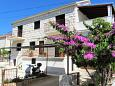 Apartments Sutivan (Brač) - 744