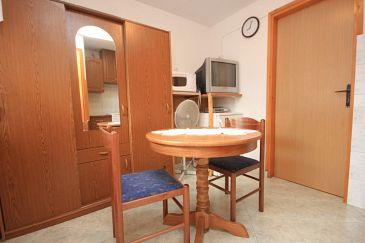 Štokovci, Dining room u smještaju tipa apartment, dostupna klima i WIFI.