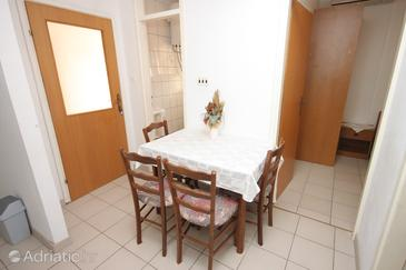 Apartment A-7483-b - Apartments Medići (Omiš) - 7483