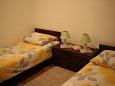 Bedroom 2 - House K-7510 - Vacation Rentals Vinišće (Trogir) - 7510
