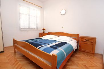 Room S-7523-a - Apartments and Rooms Pisak (Omiš) - 7523
