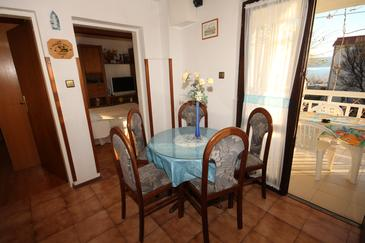 Apartament A-7534-a - Apartamenty Orij (Omiš) - 7534