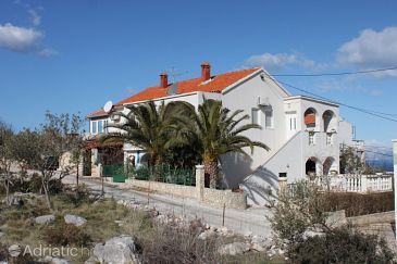 Property Supetar (Brač) - Accommodation 7535 - Apartments with pebble beach.