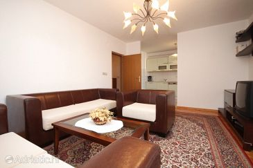 Apartment A-7546-a - Apartments Okrug Gornji (Čiovo) - 7546