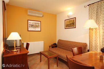Apartment A-7561-a - Apartments Trogir (Trogir) - 7561