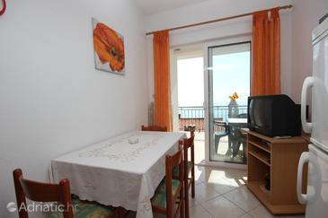 Apartment A-7570-a - Apartments Pisak (Omiš) - 7570