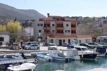 Property Podstrana (Split) - Accommodation 7594 - Apartments near sea with pebble beach.