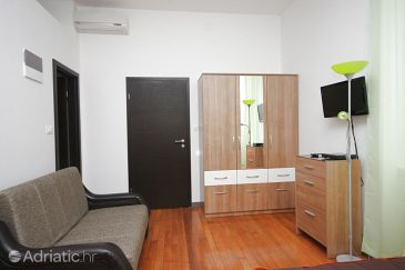 Studio flat AS-7597-a - Apartments and Rooms Split (Split) - 7597