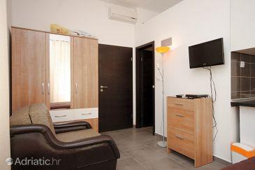 Split, Living room u smještaju tipa studio-apartment, dostupna klima i WIFI.