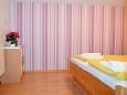 Bedroom - Apartment A-7612-e - Apartments Pješčana Uvala (Pula) - 7612