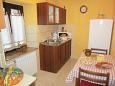 Kitchen - Apartment A-7618-b - Apartments Belavići (Marčana) - 7618