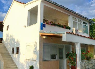 Obiekt Supetar (Brač) - Zakwaterowanie 7631 - Apartamenty ze żwirową plażą.