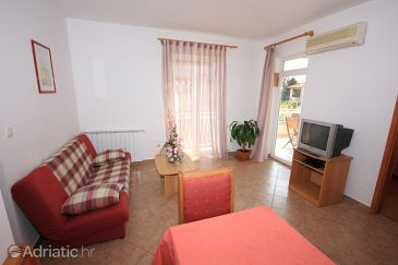 Apartment A-7637-a - Apartments Rovinj (Rovinj) - 7637