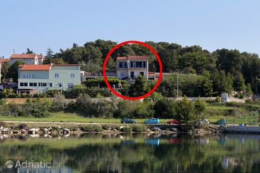 Property Pula (Pula) - Accommodation 7681 - Apartments with pebble beach.