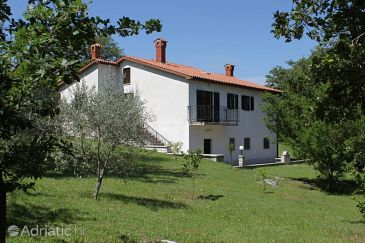 Property Kršan - Vlašići (Središnja Istra) - Accommodation 7685 - Vacation Rentals with pebble beach.