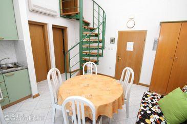 Mošćenička Draga, Dining room u smještaju tipa apartment, dostupna klima i WIFI.