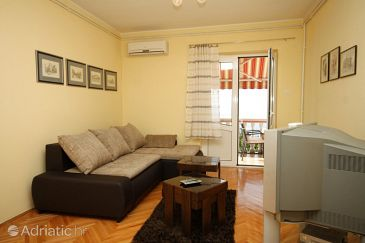Opatija - Pobri, Living room u smještaju tipa apartment, dostupna klima, dopusteni kucni ljubimci i WIFI.