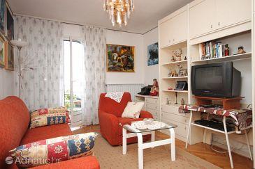 Ičići, Living room u smještaju tipa apartment, dopusteni kucni ljubimci.