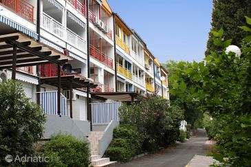 Property Ičići (Opatija) - Accommodation 7859 - Apartments with pebble beach.