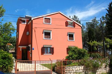 Property Ćunski (Lošinj) - Accommodation 7867 - Apartments with pebble beach.
