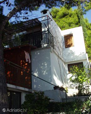 Property Brela (Makarska) - Accommodation 790 - Apartments near sea with pebble beach.