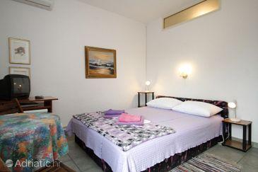 Room S-7953-a - Apartments and Rooms Mali Lošinj (Lošinj) - 7953