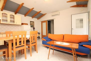 Apartment A-7960-a - Apartments Veli Lošinj (Lošinj) - 7960