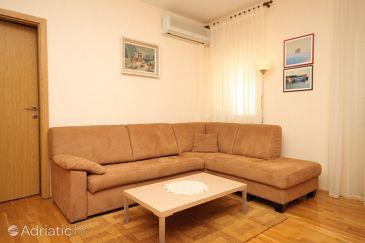 Apartment A-7979-a - Apartments Mali Lošinj (Lošinj) - 7979