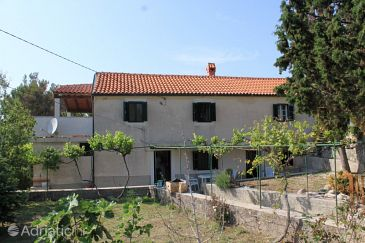 Property Stivan (Cres) - Accommodation 7995 - Vacation Rentals with pebble beach.