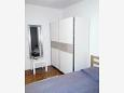 Bedroom 2 - Apartment A-7998-a - Apartments Mali Lošinj (Lošinj) - 7998