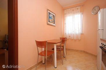 Apartment A-8100-b - Apartments and Rooms Božava (Dugi otok) - 8100