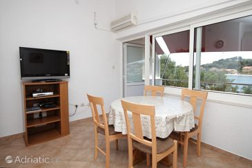 Apartment A-8105-a - Apartments Verunić (Dugi otok) - 8105