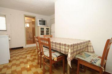 Apartment A-8107-b - Apartments Verunić (Dugi otok) - 8107