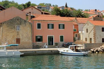 Property Sali (Dugi otok) - Accommodation 8120 - Apartments near sea with pebble beach.