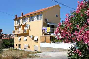 Property Preko (Ugljan) - Accommodation 8180 - Rooms in Croatia.