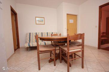 Dobropoljana, Dining room u smještaju tipa apartment, dostupna klima, dopusteni kucni ljubimci i WIFI.