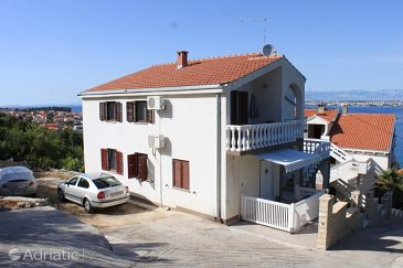 Property Kali (Ugljan) - Accommodation 8202 - Apartments near sea.