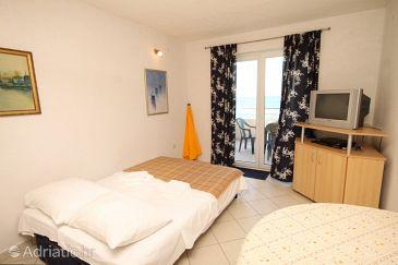 Apartment A-8206-a - Apartments Banj (Pašman) - 8206