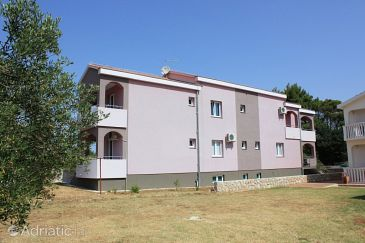 Property Pašman (Pašman) - Accommodation 8217 - Apartments near sea with sandy beach.