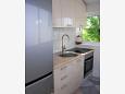 Kitchen - Apartment A-8232-a - Apartments Preko (Ugljan) - 8232