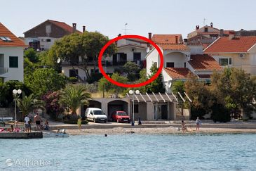 Property Preko (Ugljan) - Accommodation 8261 - Apartments near sea with pebble beach.