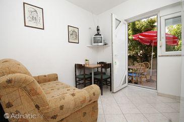 Apartment A-8267-f - Apartments Preko (Ugljan) - 8267