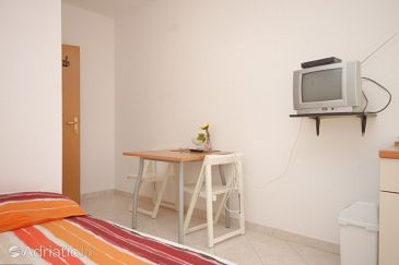 Studio flat AS-8267-a - Apartments Preko (Ugljan) - 8267