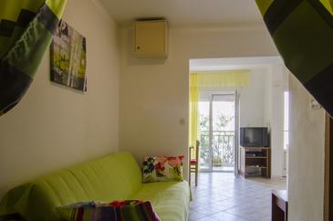 Studio flat AS-8281-a - Apartments Podstrana (Split) - 8281