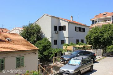 Property Split (Split) - Accommodation 8290 - Apartments with sandy beach.