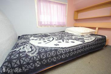 Apartment A-8300-a - Apartments and Rooms Tkon (Pašman) - 8300