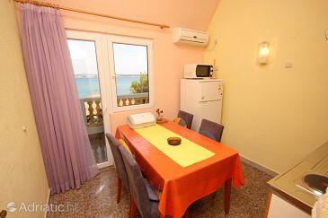 Apartment A-8300-b - Apartments and Rooms Tkon (Pašman) - 8300